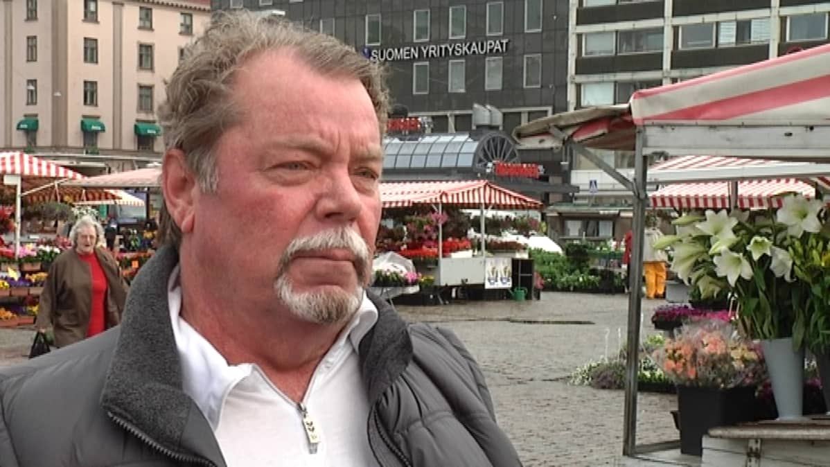 Turun Perussuomalaiset ry:n puheenjohtaja Timo Laihinen.