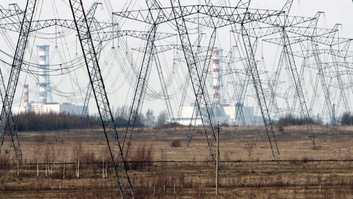 Venäläinen Smolenskin ydinvoimala.