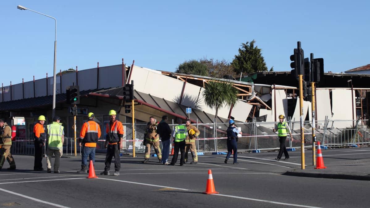 Kuva Christchurchista maanjäristyksen jälkeen 13.6.2011.