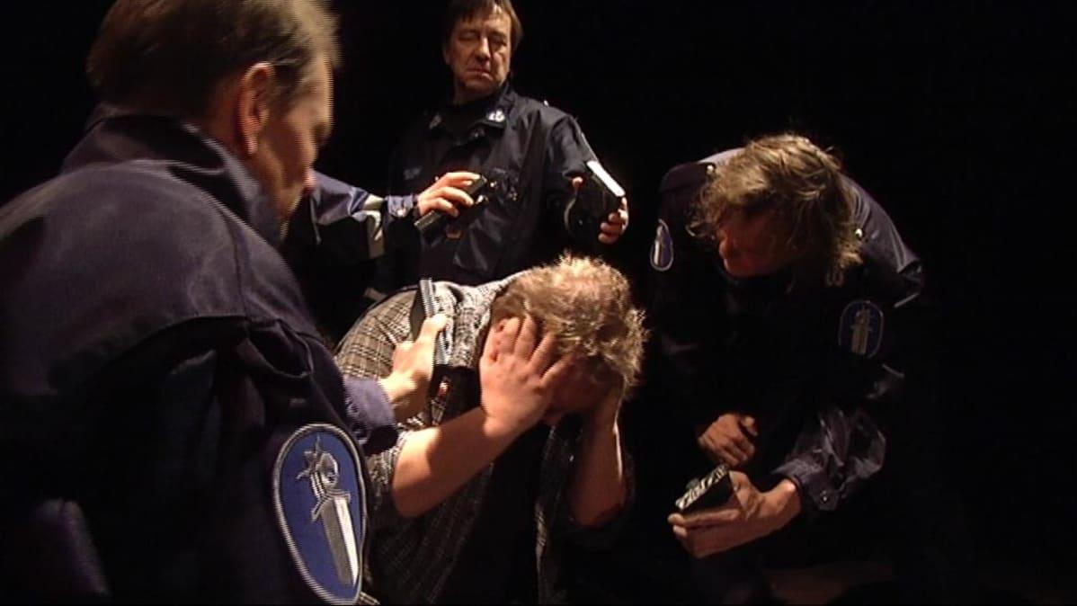 Teatteri Vanhan Jukon kevään yleisömagneetti, näytelmä Kahdeksan surmanluotia, oli myös palkintoraadin mieleen.