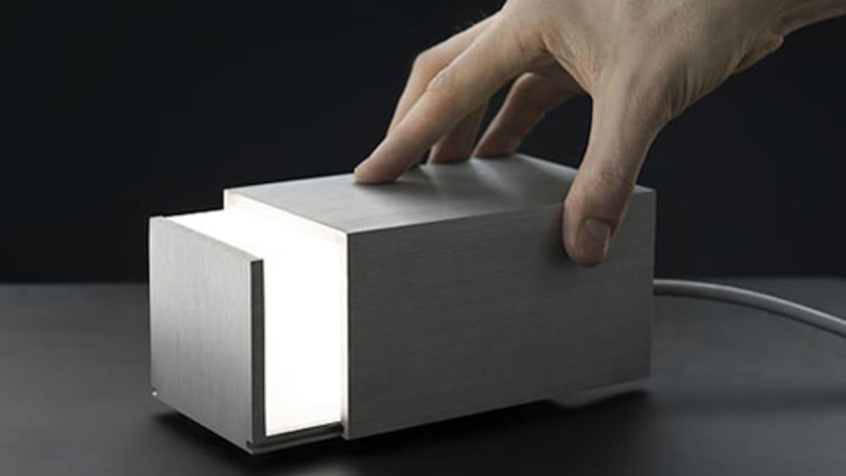 Box Light -valaisin. Design Jonas Hakaniemi.
