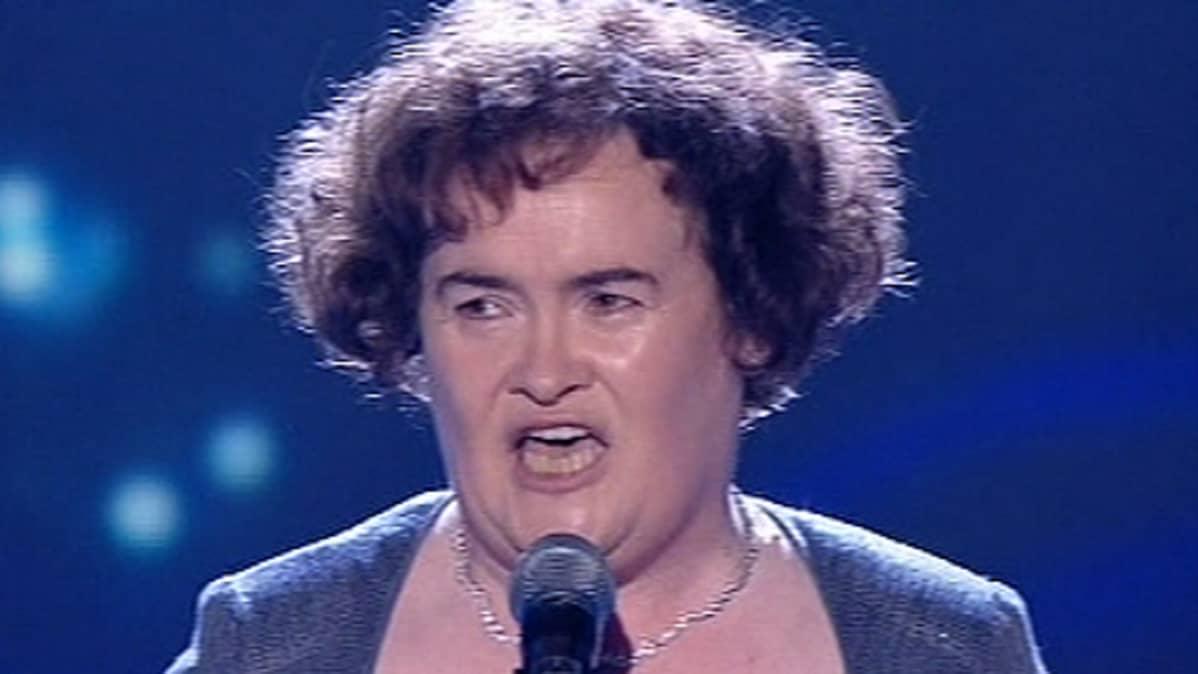 Susan Boyle laulamassa Talent-show'n finaalissa