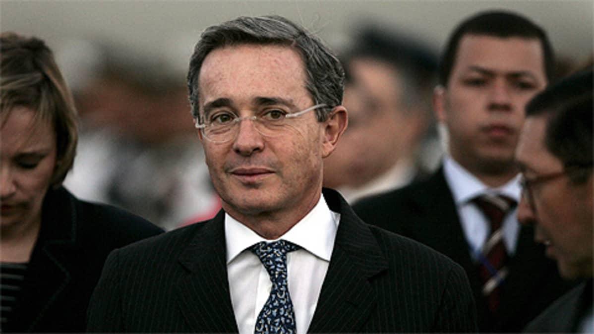 Kolumbian presidentti Alvaro Uribe