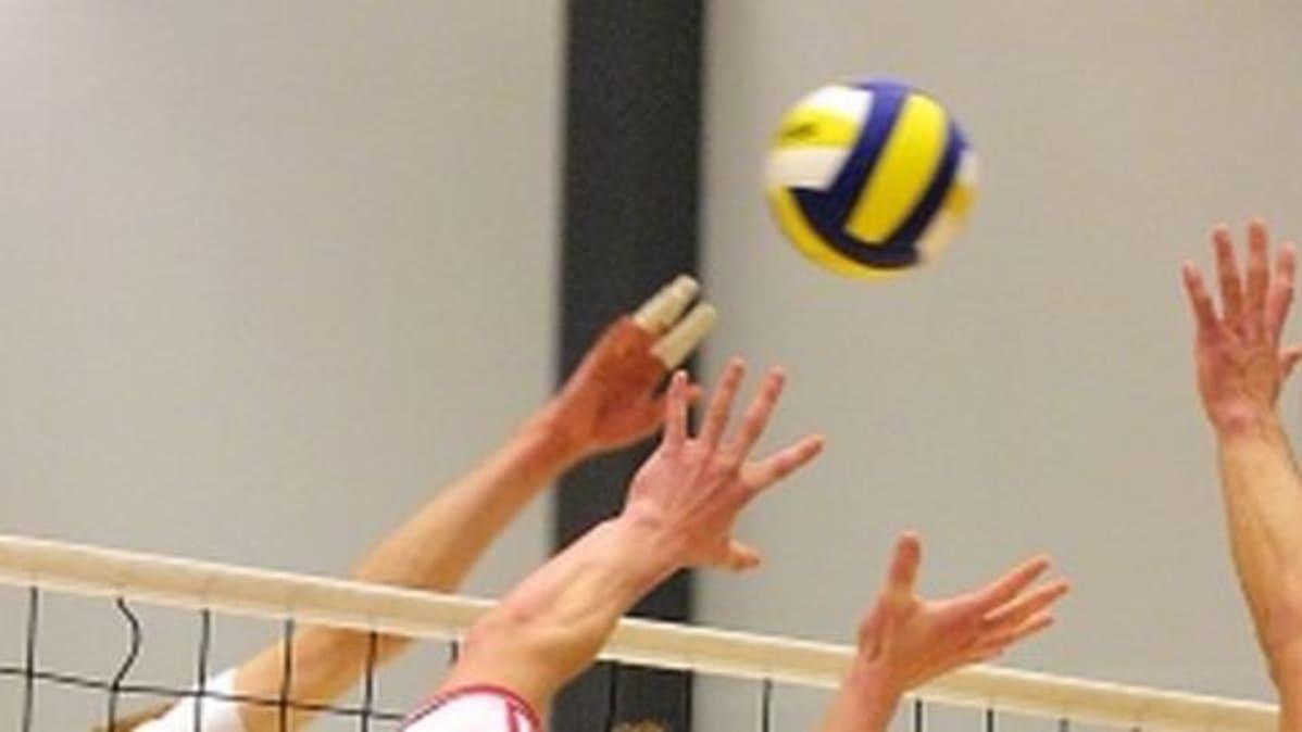 kädet ja lentopallo