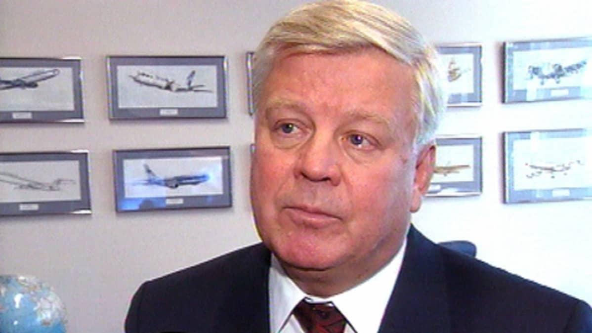 Finnairin entinen pääjohtaja Keijo Suila
