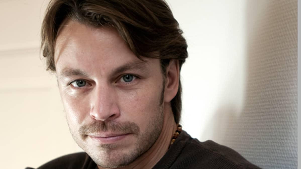 Näyttelijä, kirjailija Peter Franzén