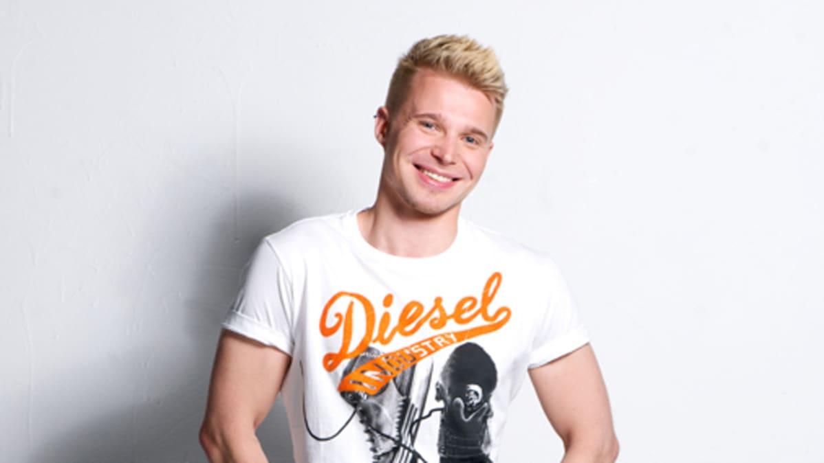 Mr Gay Finland 2011 -kilpailun voittaja on 25-vuotias opiskelija Jussi Laitinen.