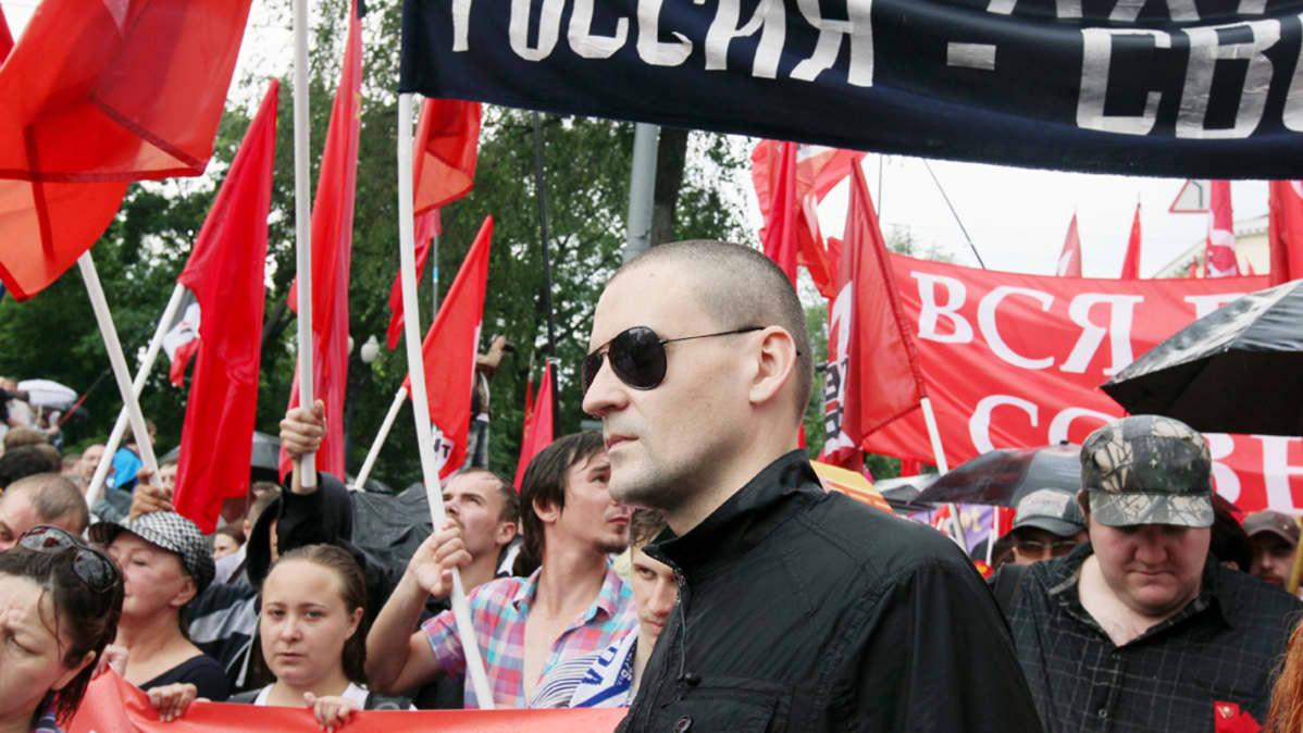 Sergei Udaltsov marssii Moskovassa.