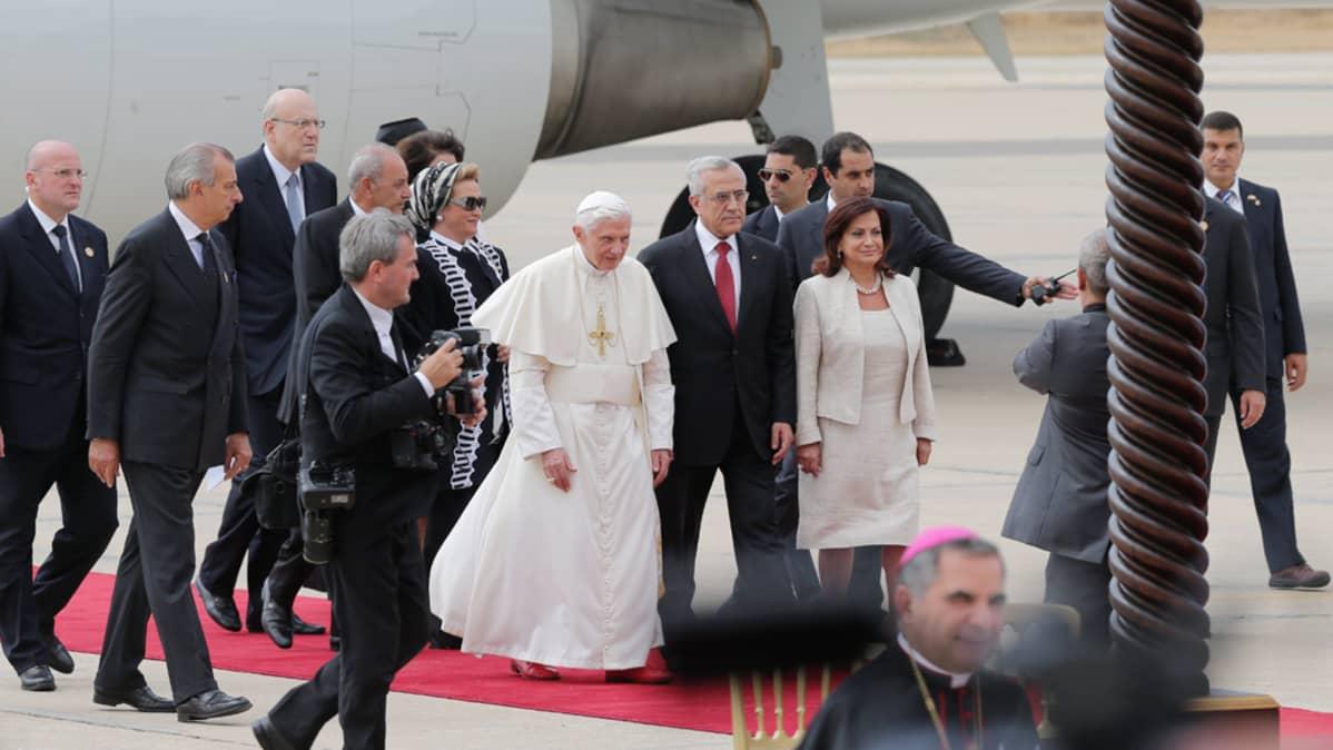 Paavi Benedictus XVI saapui Libanoniin, Beirutiin, tänään 14. syyskuuta 2012.
