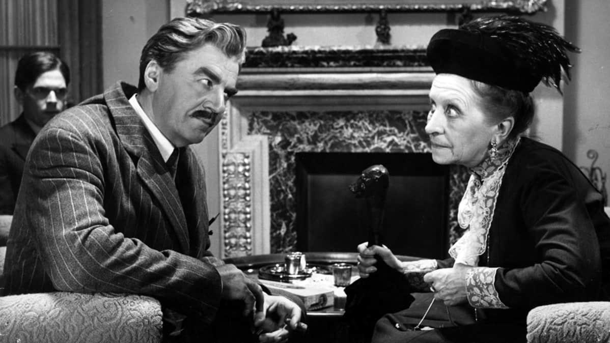 Joel Rinne ja Saara Ranin elokuvassa Komisario Palmun erehdys.
