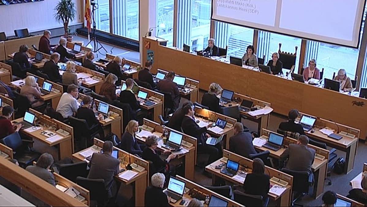 Tampereen kaupunginvaltuusto koolla
