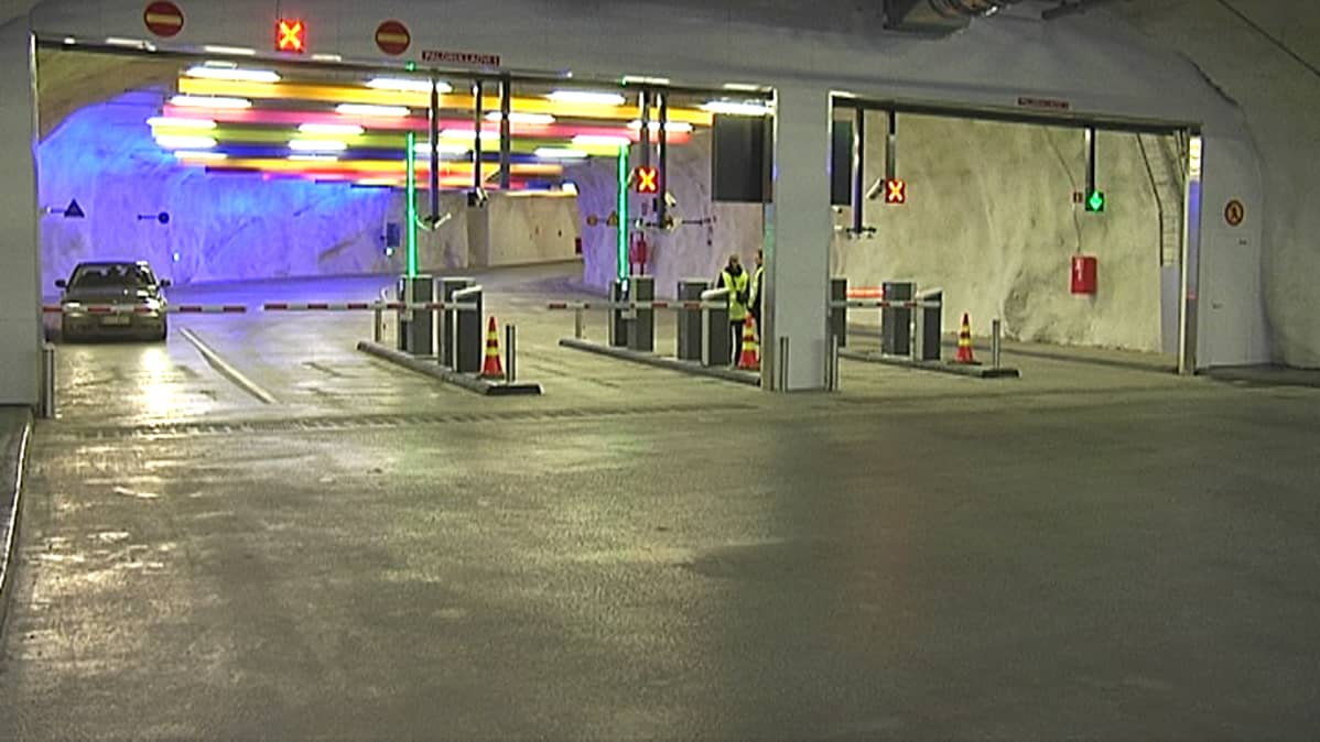 Hämeenkadun alle louhittu P-Hämppi avattiin Tampereella