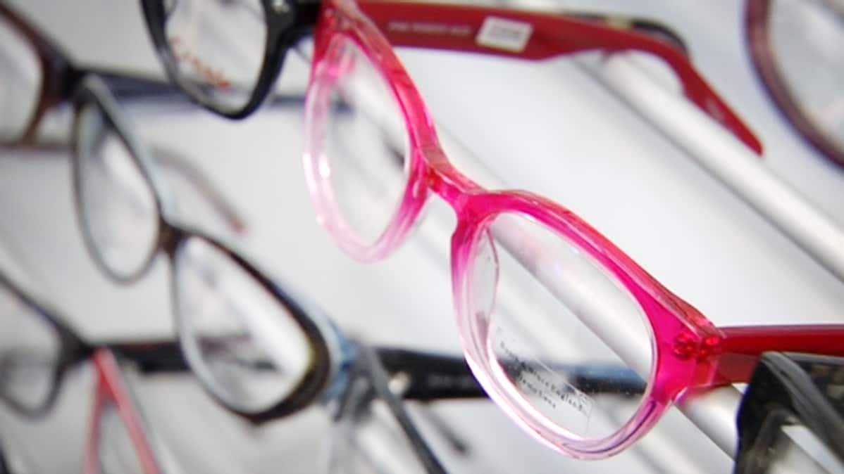 Uudempien silmälasien korjaus voi olla kannattavaa