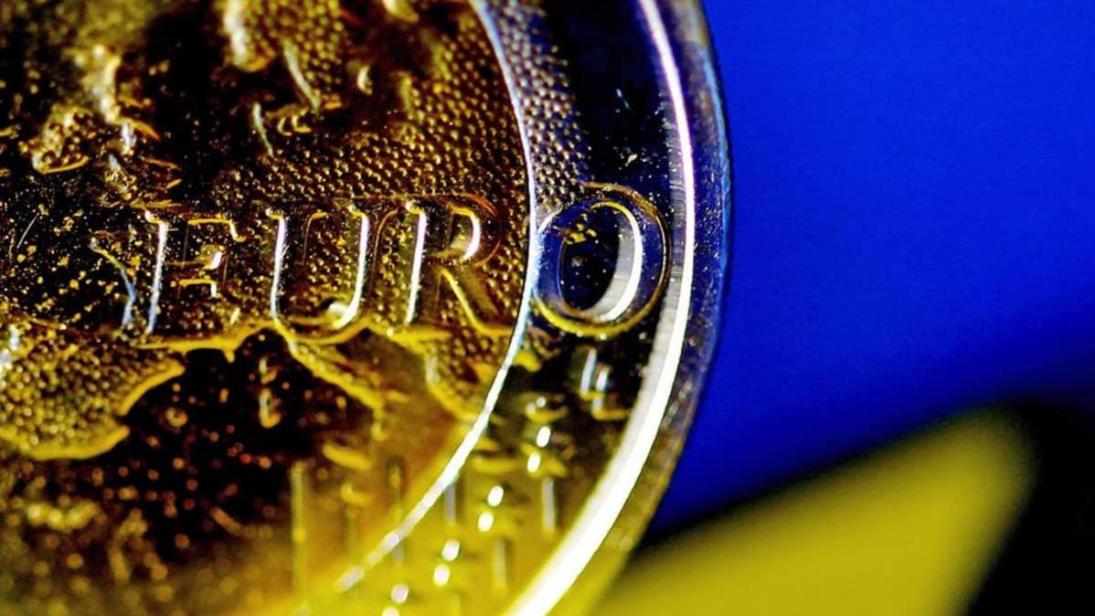 Lähikuva euro-kolikosta.