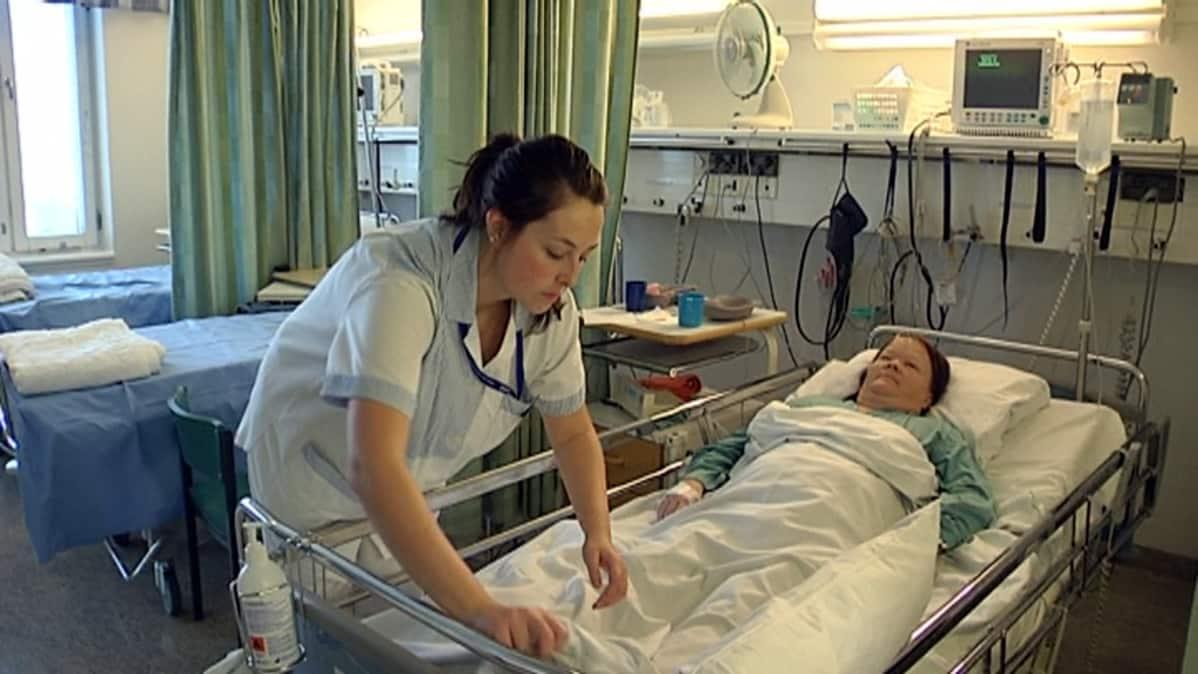 hoitaja, potilas, neurologinen osasto