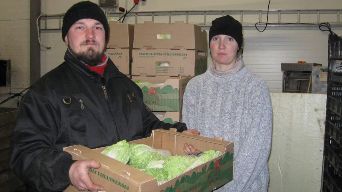 Jukka ja Hanne Kinnunen Puromäen Puutarhalta.