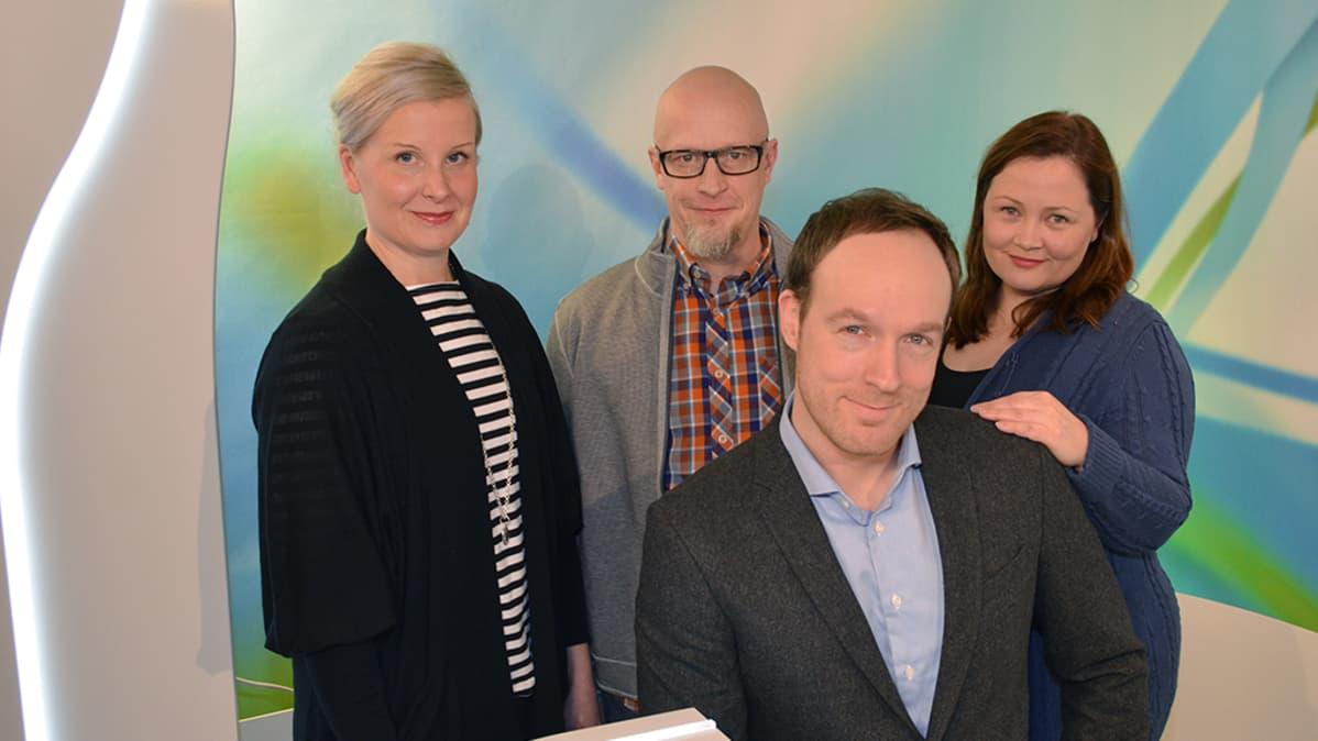 Yle uutiset Hämeen juontajat ryhmäkuvassa