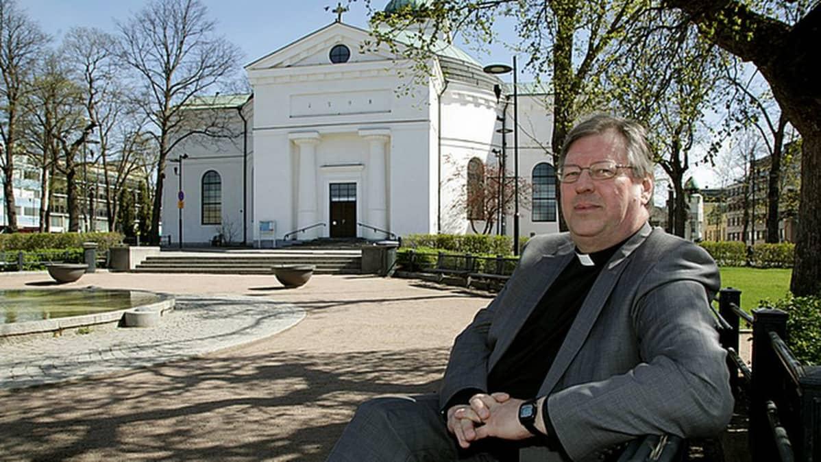 Hämeenlinna-Vanajan seurakunnan kirkkoherra Timo Kalaja