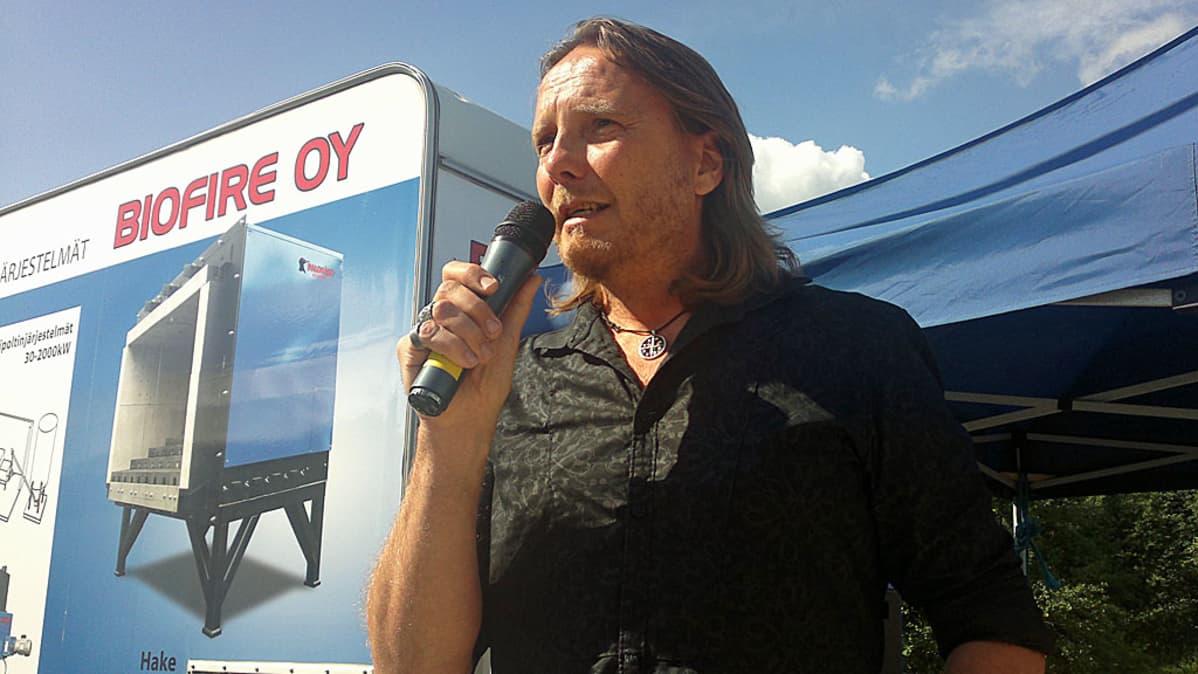 Simo Ralli on Seinäjoen Farmari maatalousnäyttelyn suojelija.