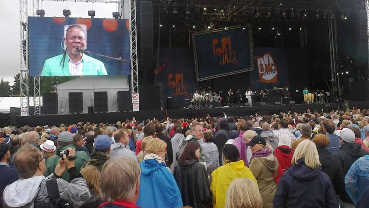 Earth, Wind & Fire Pori Jazzeilla 2013