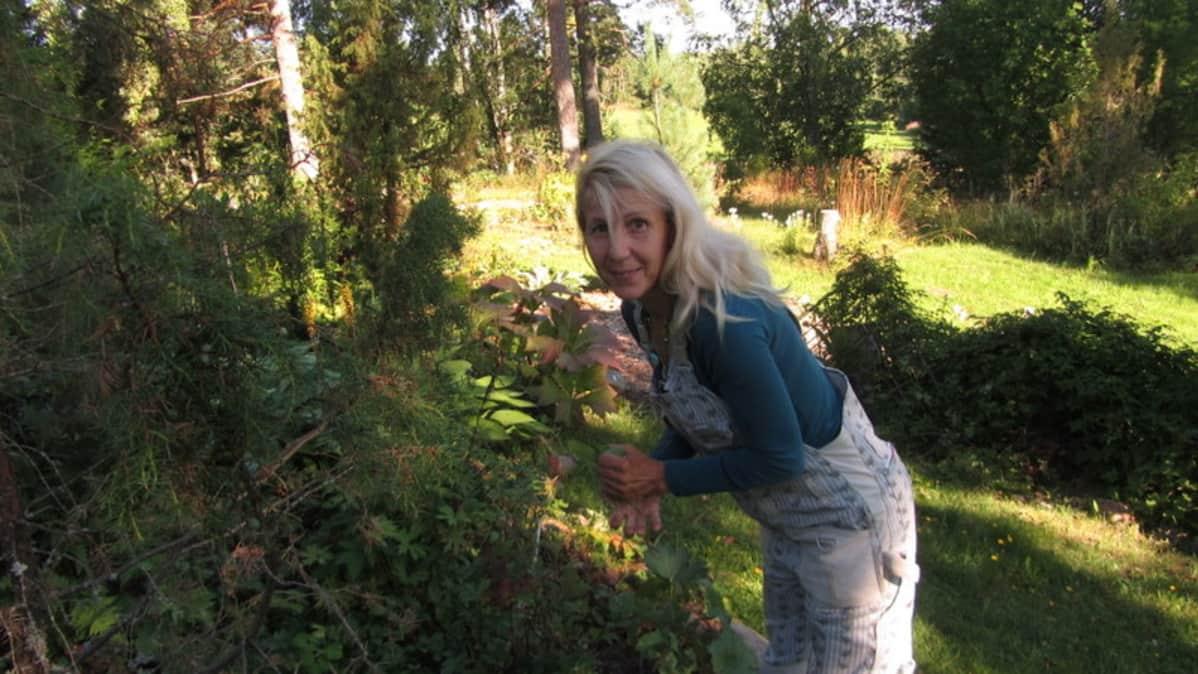 Mari Mörölle puutarhanhoito on merkittävä osa elämää.
