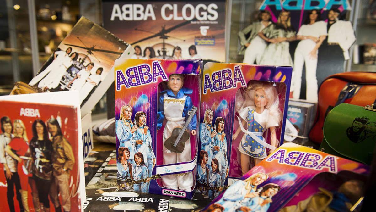 Abba-nukkeja näytteillä Tukholman huutokauppakamarilla 26. kesäkuuta 2013. Nuket ovat osa keräilijä Thomas Nordinin laajaa Abba-kokoelmaa.