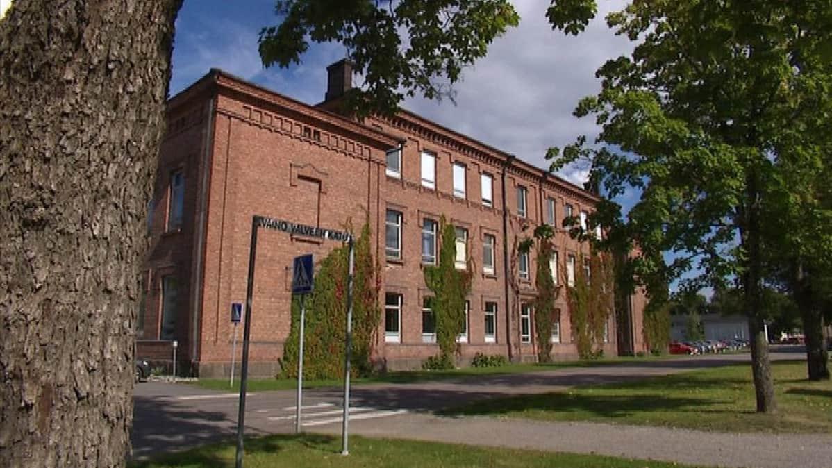 Kasarmi Lappeenranta Rakuunamäki rakuuna varuskunta tiilirakennus armeija