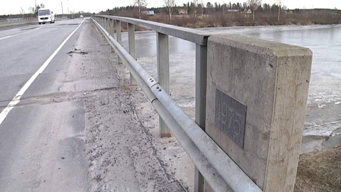 Kyrönjoen silta