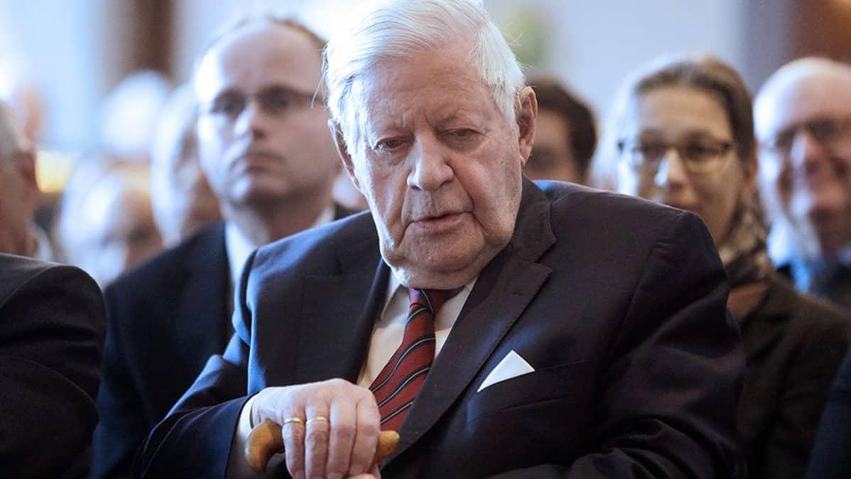 Helmut Schmidt entinen liittokansleri Saksa.