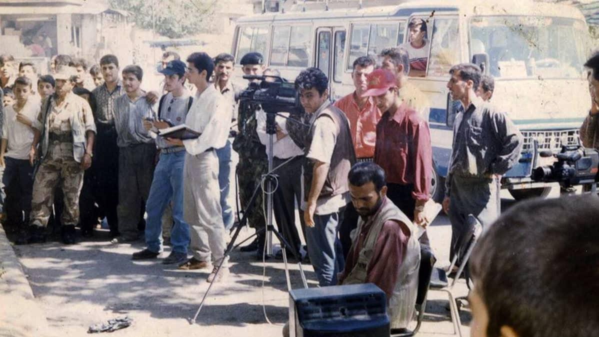 Kuvausryhmä kuvauspaikalla.