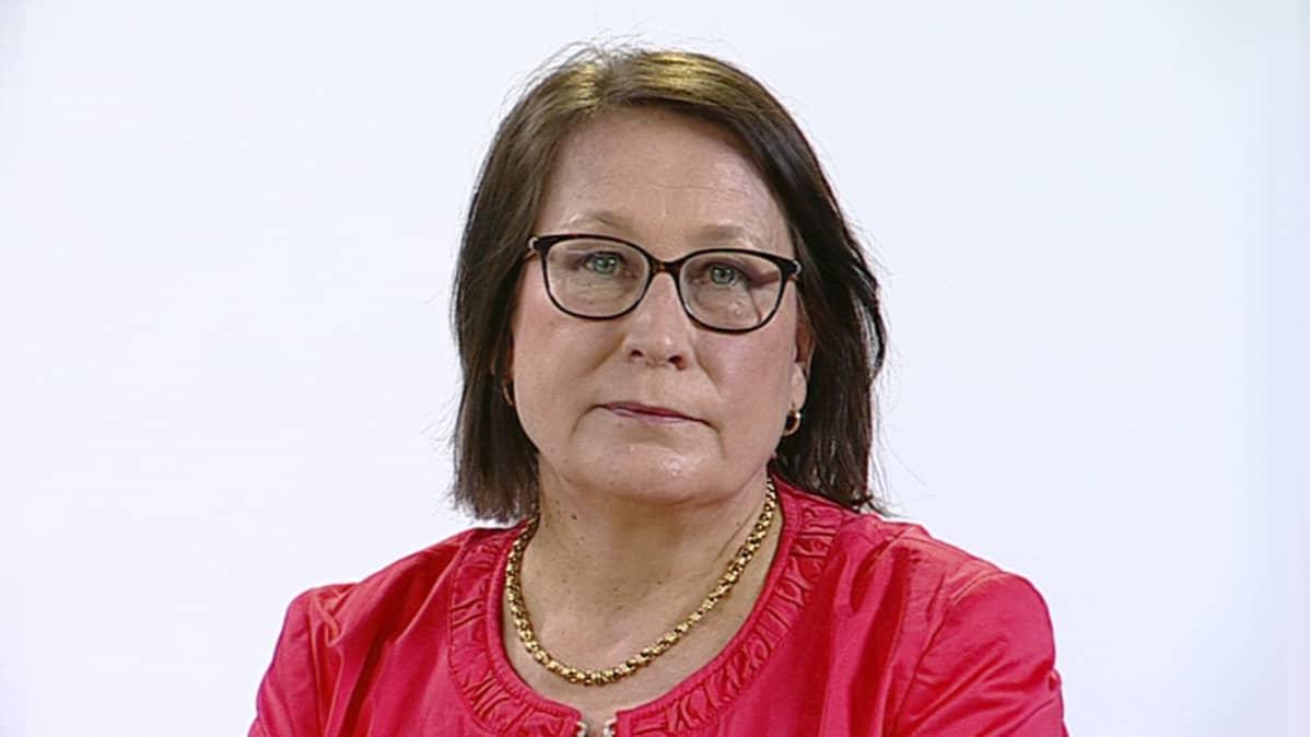 SDP:n joensuulainen kansanedustaja Riitta Myller uskoo, että kyllä kansa tietää, millaista politiikkaa hänen puolueensa tekee.