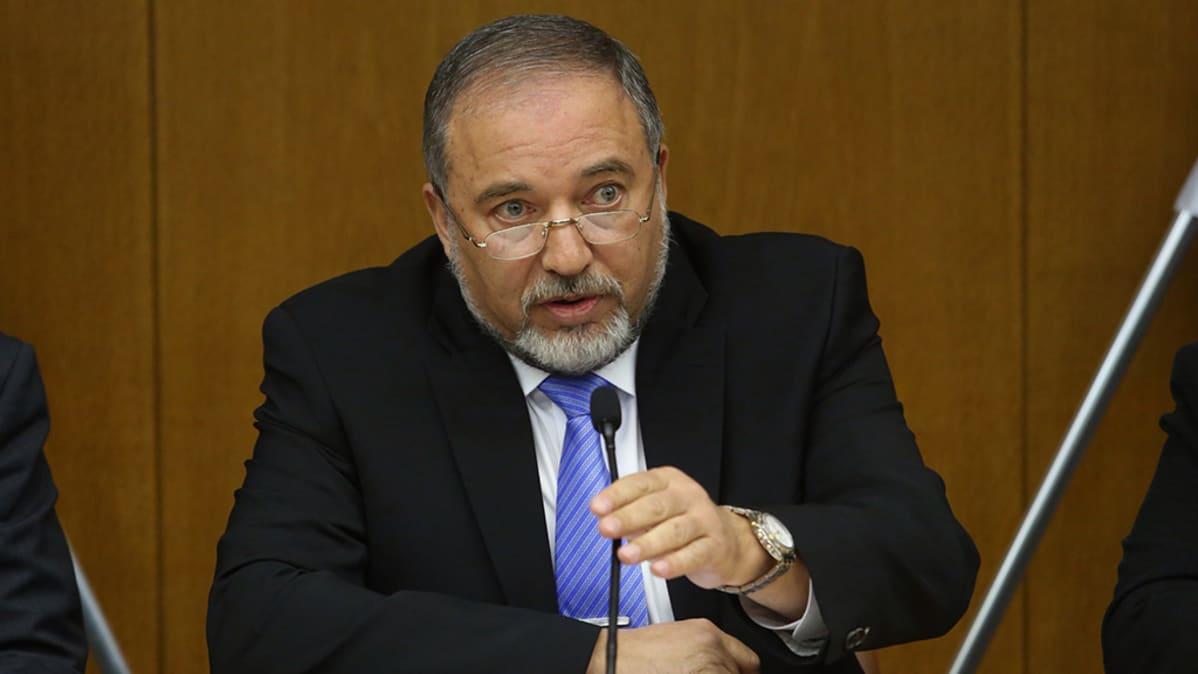 Kuvassa on Israelin uusi puolustusministeri Avigdor Lieberman.
