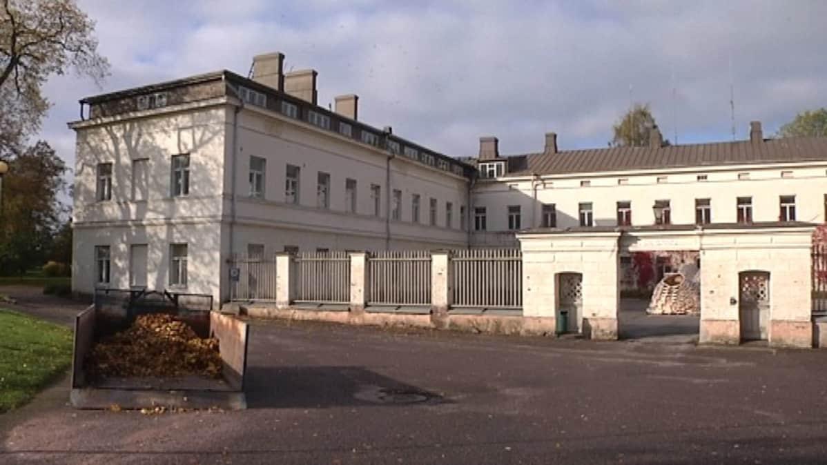 Lapinlahden sairaala valmistui vuonna 1841.