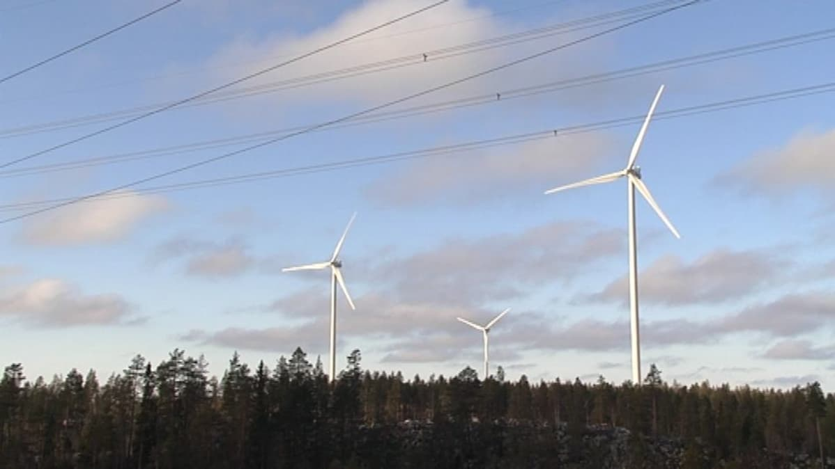 Varevaaran tuulivoimaloita Tervolassa 22.10.2014