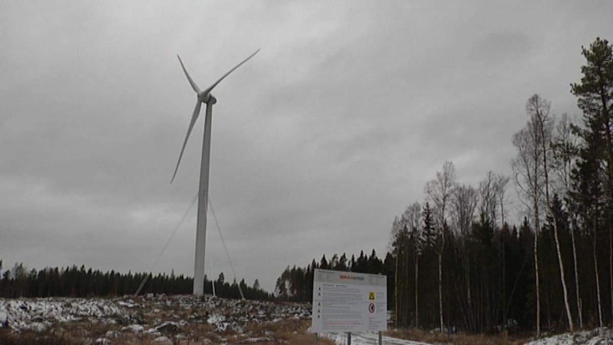 Merventon tuulimylly Vaasassa.
