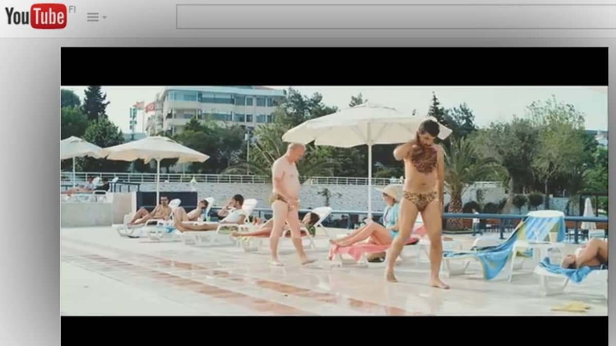 Kuvakaappaus mainosvideosta.