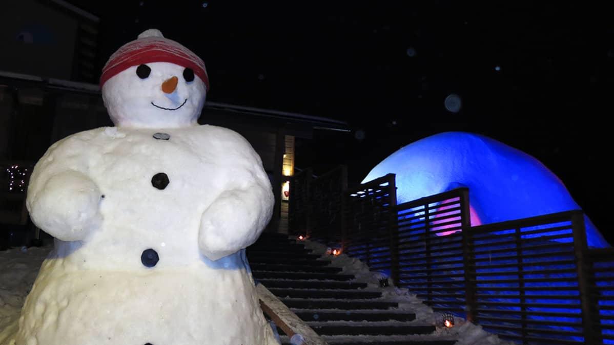 Lumiukkomaailma Rovaniemen Pajakylässä