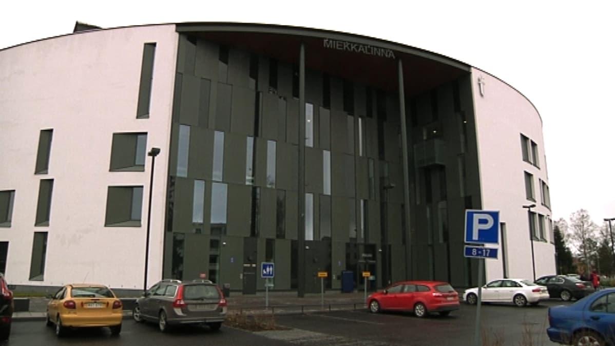 Hämeenlinnan poliisitalo.