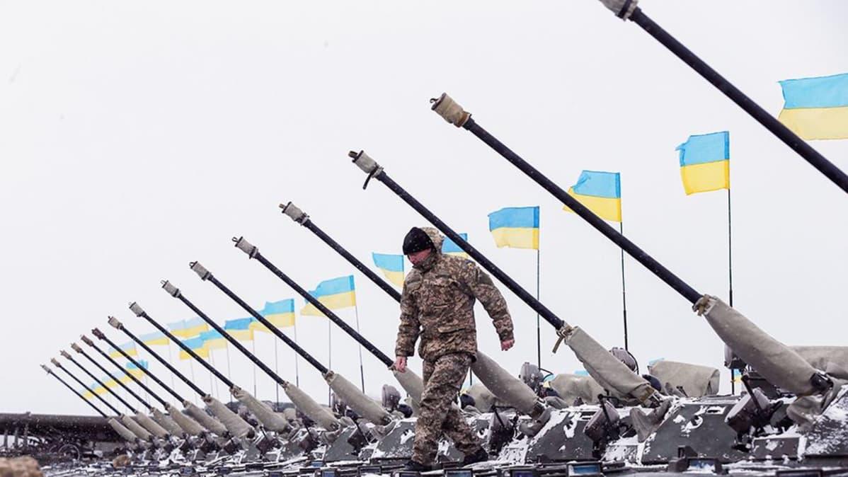 Ukrainan armeijan sotilastukikohta Zhytomirissa.