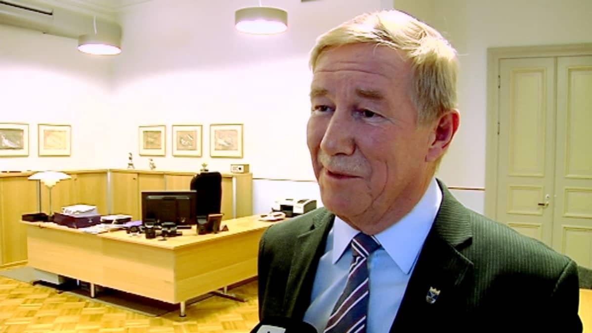 Markku Andersson jätti Jyväskylän kaupunginjohtajan tehtävät 13.2.2015