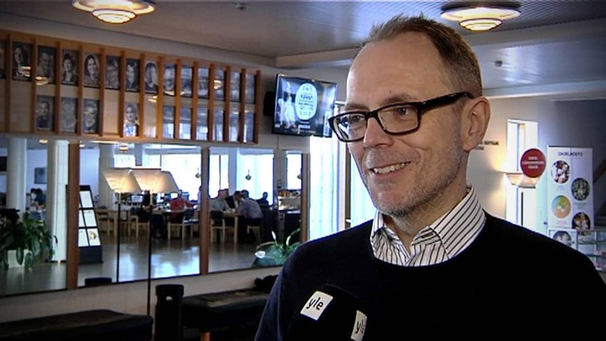 Seinäjoen kaupunginteatterin toimitusjohtaja Markko Heinonen.