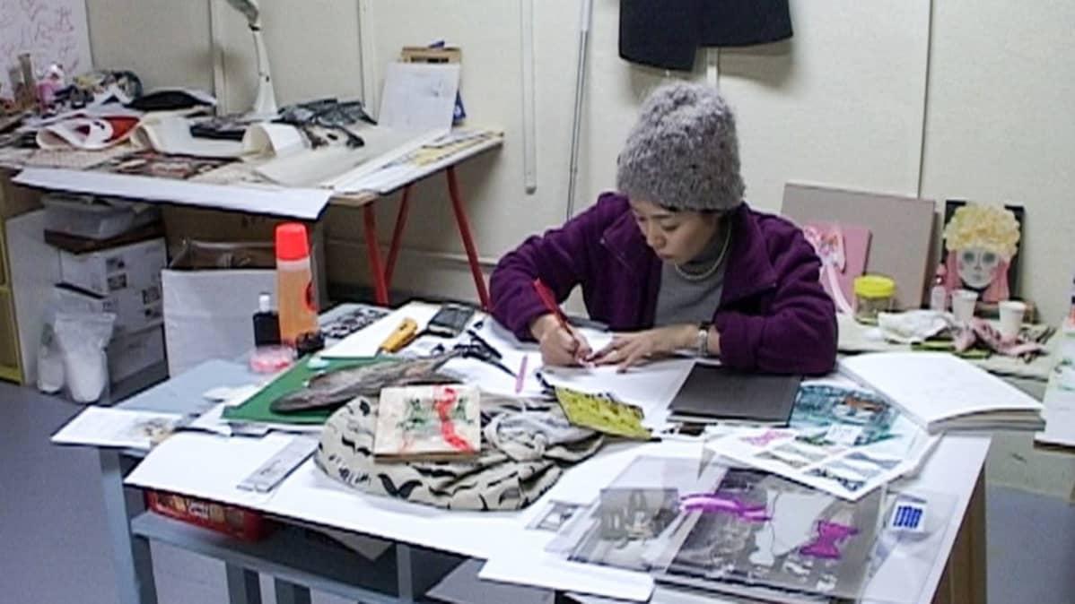 Nanako Kawaguchi työskentelee