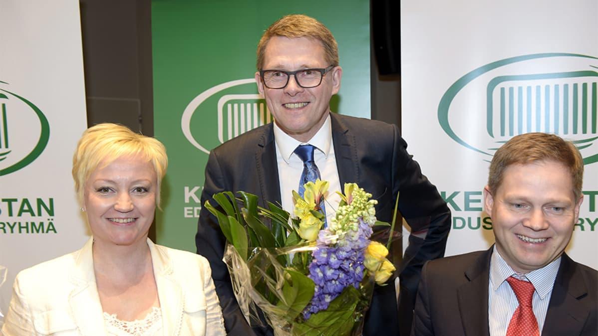 Elsi Katainen, Matti Vanhanen ja Markus Lohi.