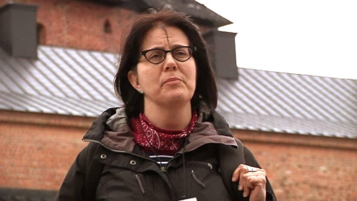 Museoviraston tutkija Päivi Hakanpää