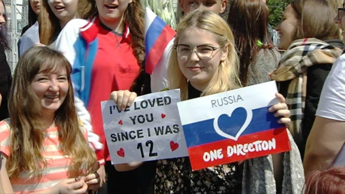 One Direction -faneja Venäjältä.