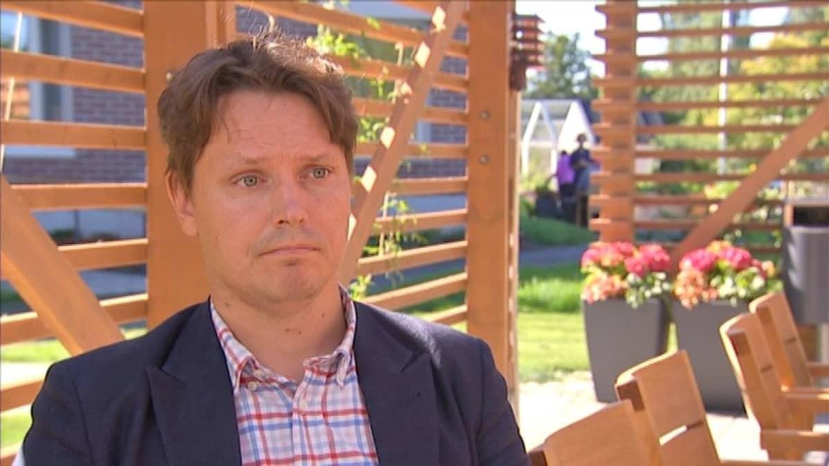Attendo jatkaisi mielellään sosiaali- ja terveyspalveluja Rääkkylässä, mutta mikään kultakaivos Rääkkylä-sopimus ei yritykselle ole ollut, sanoo yhtiön viestintä- ja yhteiskuntasuhdejohtaja Lauri Korkeaoja.