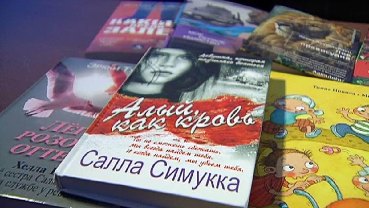 Venäjäksi käännettyjä suomalaista kirjoja.