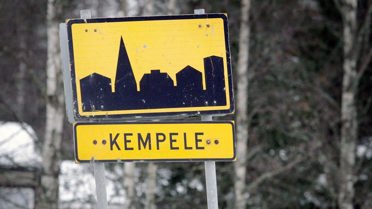 Kempeleen taajaman liikennemerkki Kempeleessä.