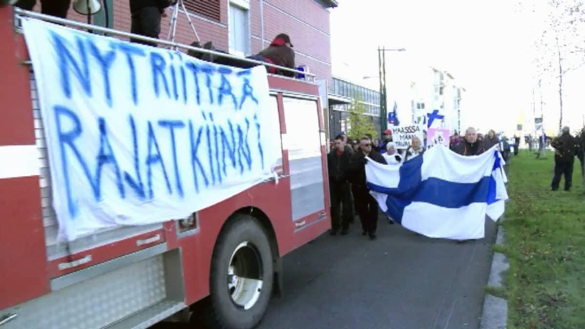 dokumenttielokuva Kasvottomat ohjaus Julia Virkkunen