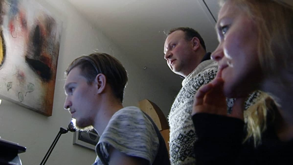 dokumentielokuva ohjaajat Juuso Lavonen, Rostislav Aalto ja Julia Virkkunen